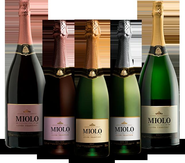 Foto das garrafas de espumante Miolo